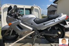 写真:浜松市東区芳川にてバイク廃車処分 ZZR250 長期放置